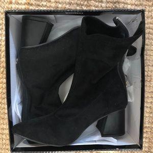 26f3497e68 SHEIN. Black zipper plain boots ...